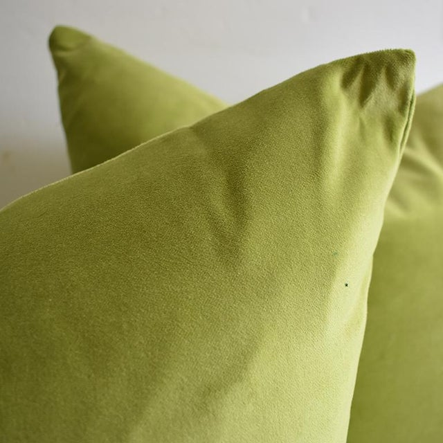 Mid-Century Modern Contemporary Green Chartreuse Velvet Knife Edge Pillow Cases - a Pair For Sale - Image 3 of 4