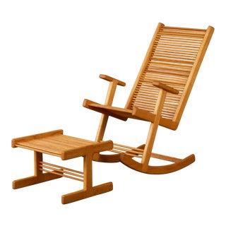 1980s Stephen Hynson Oak Dowel Rocking Chair and Ottoman For Sale