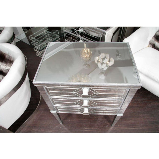 Mid 20th Century Pair of Three-Drawer Mirrored Commodes For Sale - Image 5 of 10