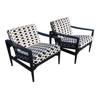 Illum Wikkelsø Model Ek Lounge Chairs Pair For Sale