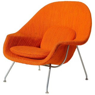 Eero Saarinen Womb Chair With Original Upholstery and Steel Frame For Sale