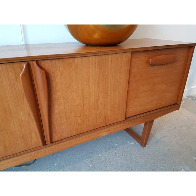 Tan Mid Century Modern Danish Clear Cherrywood Buffet, Credenza, 1960s For Sale - Image 8 of 9