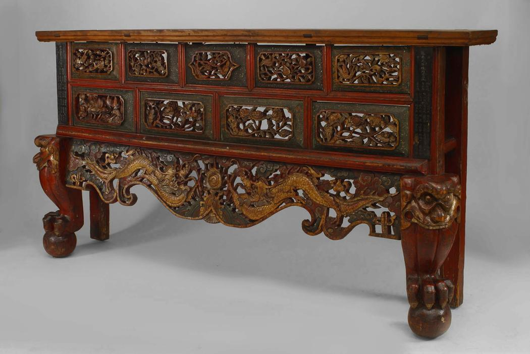 Asian Chinese Style Large Red And Gold Lacquered Narrow Console Table For  Sale   Image 9