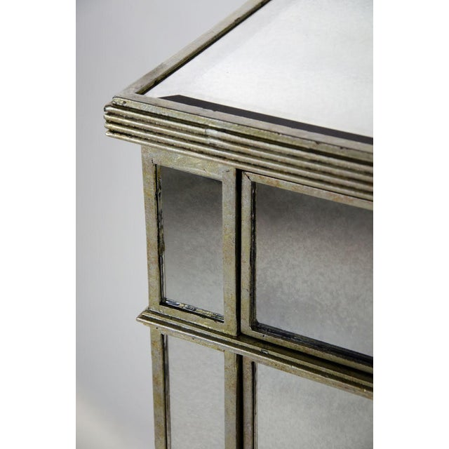 20th Century French 3-Drawer Mirrored Commode For Sale - Image 9 of 13