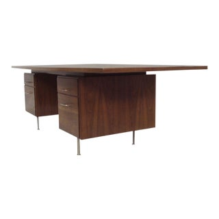 Large Walnut Exécutive Desk by Jens Risom For Sale