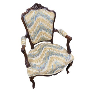 19th Century French Louis XV Flame Stitch Upholstery Fauteuil For Sale
