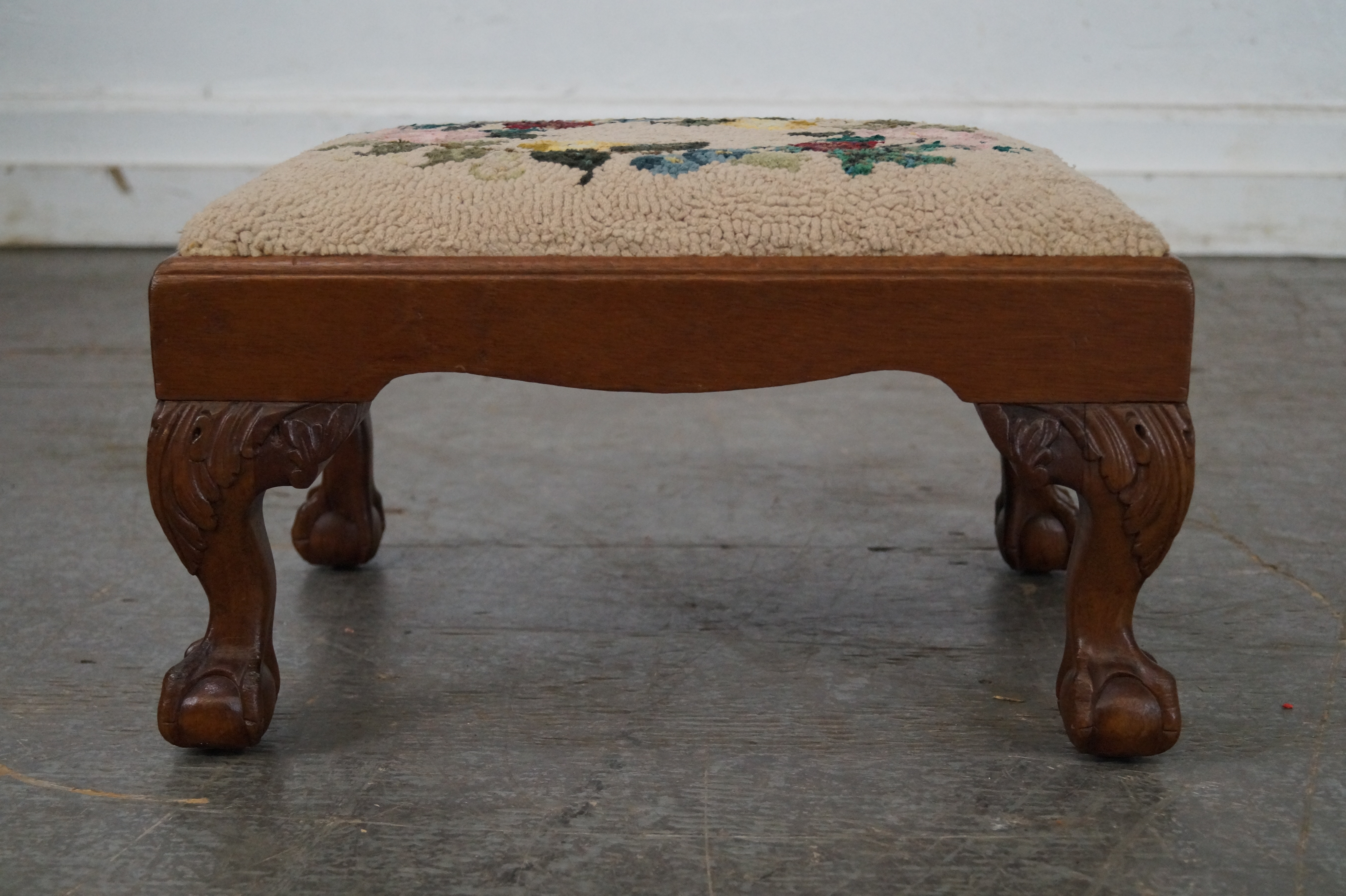 Antique Chippendale Style Mahogany Ball U0026 Claw Foot Needlepoint Footstool    Image 2 Of 10 Design