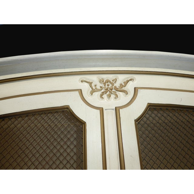 Thomasville French Country Carved Off-White Hutch - Image 9 of 11