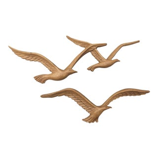 Syroco Small Seagull Wall Hangings - A Pair For Sale