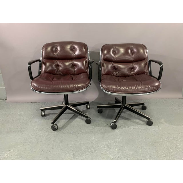 1960s Vintage Charles Pollock for Knoll International Leather Executive Chairs- A Pair For Sale - Image 13 of 13