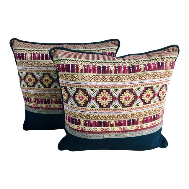Traditional Arabic Embroidered Pillow Set - a Pair For Sale