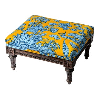 Antique French Louis XVI Carved Wood Foot Stool, Chinoiserie Fabric For Sale
