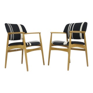 Pair of Aksel Bender Madsen for Fritz Hansen Oak Armchairs For Sale