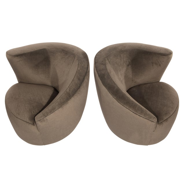 """Mohair 1990's Vintage Vladimir Kagan """"Corkscrew"""" Swivel Chairs- A Pair For Sale - Image 7 of 9"""