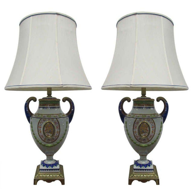 Pair of Hand-Painted Italian Style Porcelain Lamps For Sale In New York - Image 6 of 6