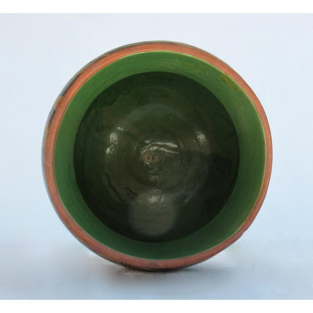C.1935-50s Vintage Mexican Hand-Made Terra-Cotta Bulbous Calabash Olla, 3-Legged Vessel For Sale - Image 9 of 13