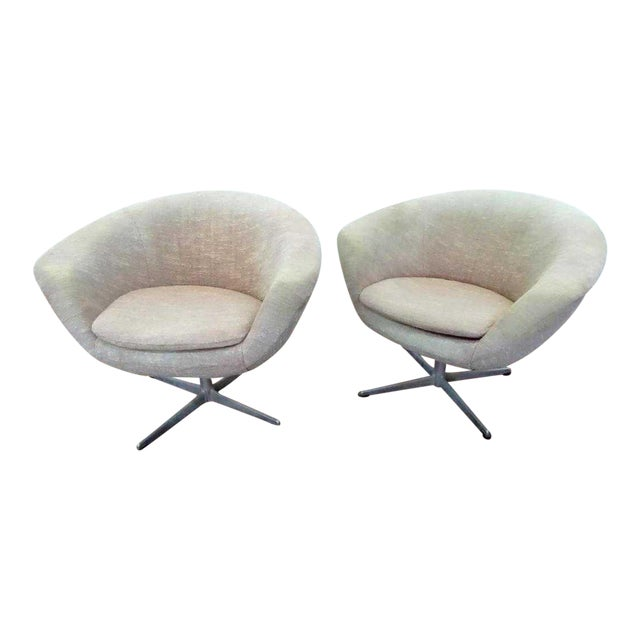 Phenomenal Mid Century Scandinavian Swivel Pod Chairs A Pair Ibusinesslaw Wood Chair Design Ideas Ibusinesslaworg