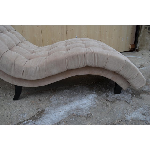 Ivory Contemporary Ivory Tufted Chaise Lounge Chair For Sale - Image 8 of 10