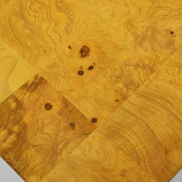 Tan Milo Baughman Burl Patchwork Pedestal/ End Table by Thayer Coggin For Sale - Image 8 of 9