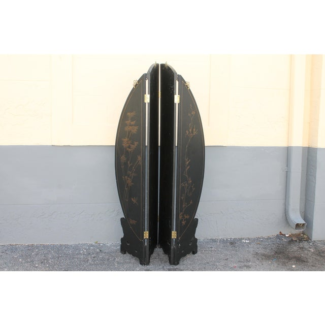 Art Deco Oriental Round Carved Base/ Detailed Room Dividing Screen For Sale - Image 11 of 13