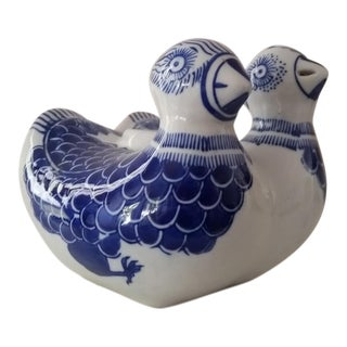 Vintage Blue and White Bird Vessel For Sale