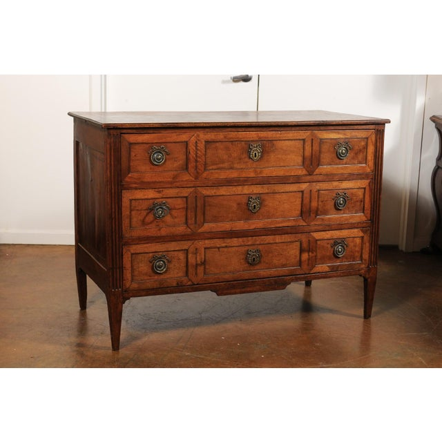 French Directoire Style 1860s Walnut Veneered Commode with Inlay and Fluting For Sale - Image 10 of 13