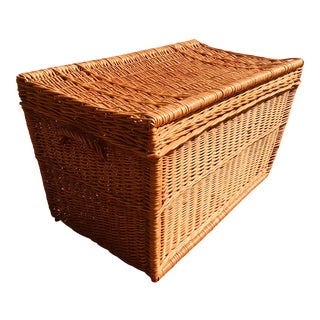 Reed Bamboo Basket/Chest With Lid For Sale