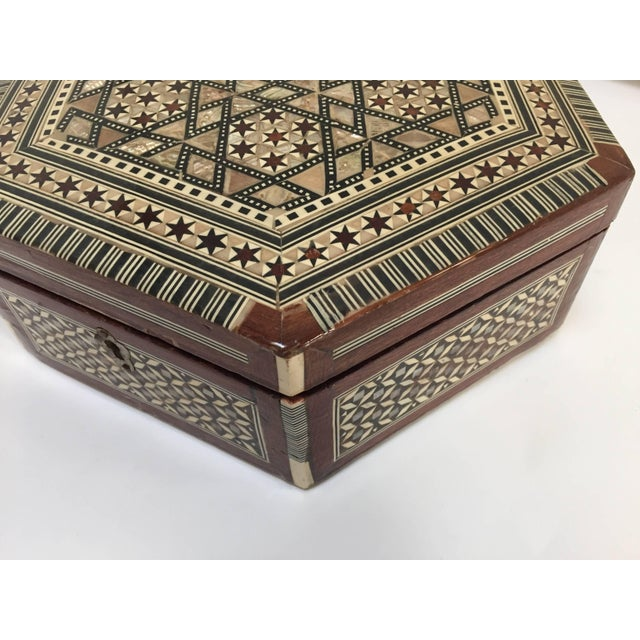 Middle Eastern Syrian Mother-Of-Pearl Inlaid Octagonal Box For Sale In Los Angeles - Image 6 of 10