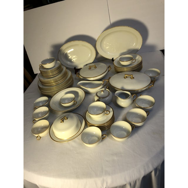 18th Century W. H. Grindley & Co Chine Marengo Pattern White Gold Trim Dinnerware - 83 Pieces For Sale - Image 13 of 13