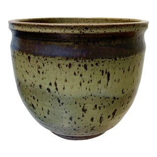 Mid-Century Modern Green and Brown Speckled Planter For Sale
