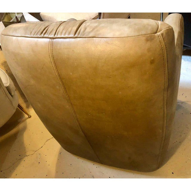 Brown Pair of Hollywood Regency Style Leather Tufted Arm / Club Chairs in Putty Color For Sale - Image 8 of 10