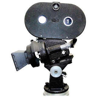 Arriflex 35MM Iconic Cinema 'Hollywood' Cinema Camera Circa 1940 As Sculpture For Sale