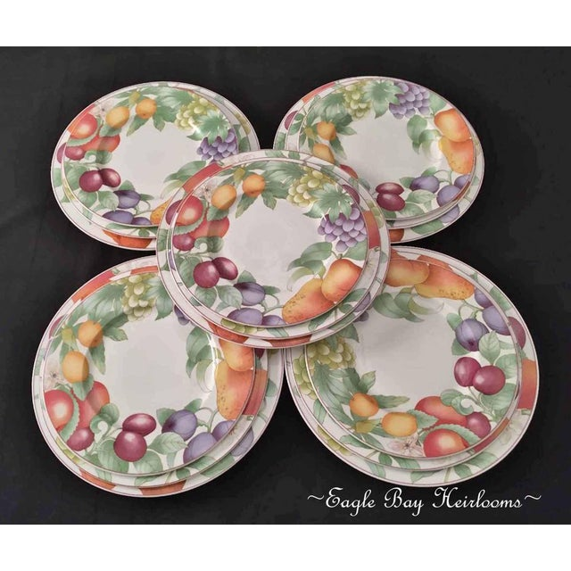 1990s Villeroy & Boch, Gallo Design, Frutteto, Chop/Charger Plates - Set of 5 For Sale - Image 5 of 13