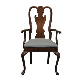Late 20th Century Vintage Thomasville Mahogany Collection Carved Shell Splat Back Arm Chair For Sale