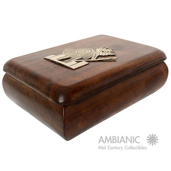 Traditional Mahogany With Silver Emblem Jewelry Box For Sale - Image 3 of 10