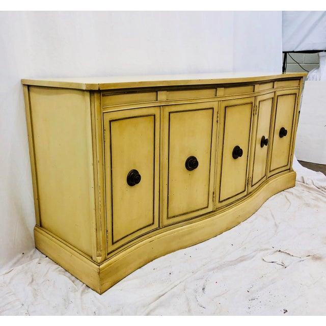 Bassett Furniture Vintage Regency Style Credenza For Sale - Image 4 of 10