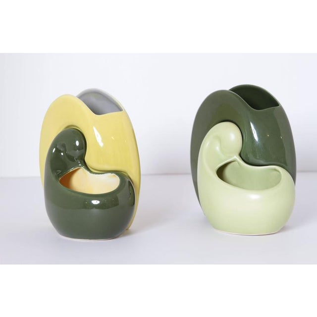 Art Deco Pair of Belle Kogan Patented Pairs Nesting Biomorphic Mid-Century Vases for Red Wing For Sale - Image 3 of 11