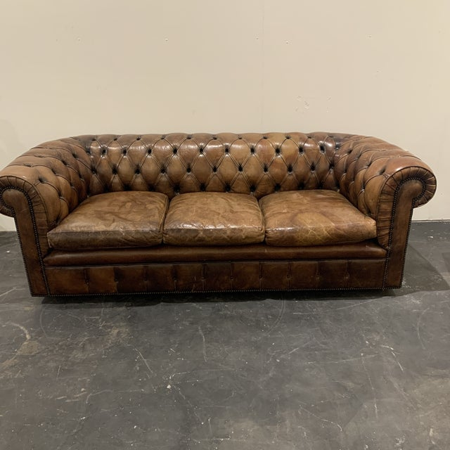 Traditional 1980s Brown Leather Chesterfield Sofa For Sale - Image 3 of 13