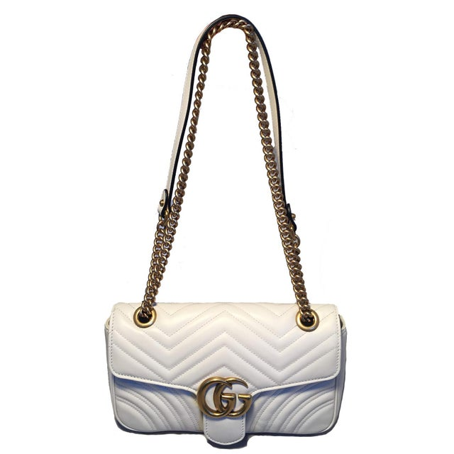 7b06c4e5a232 Gucci GG Marmont Small Matelassé White Leather Shoulder Bag in excellent  condition. White quilted leather