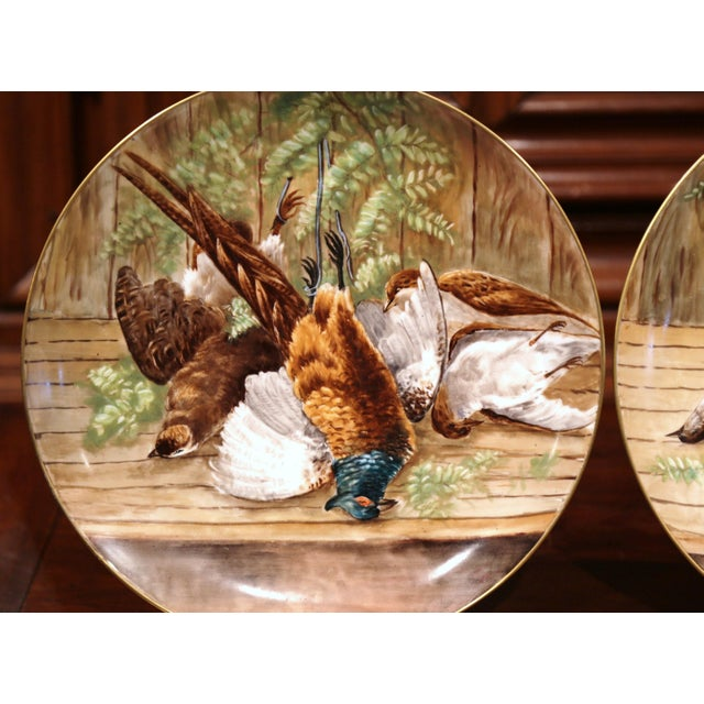 19th Century French Hand-Painted Porcelain Hunting Scenes Wall Platters - a Pair For Sale In Dallas - Image 6 of 11