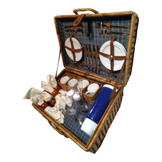 Wicker Picnic Basket Kit