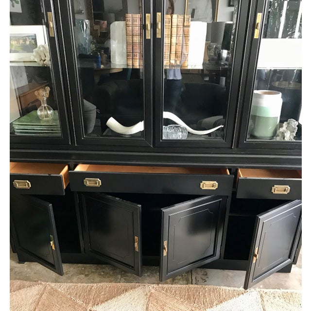 Art Deco 1950s Campaign Black Display/Curio Cabinet With Interior Lights For Sale - Image 3 of 8