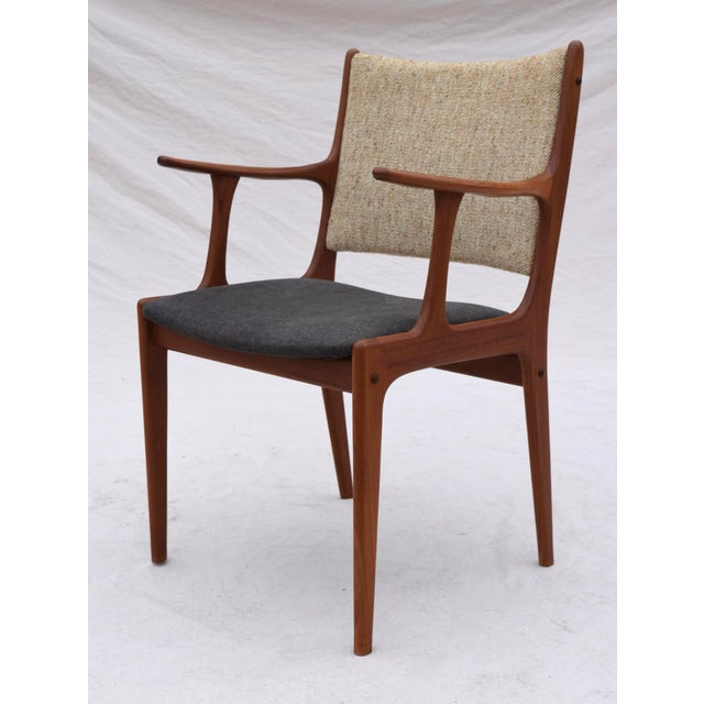 Danish Modern Dining Chairs by Johannes Andersen- Set of 6 For Sale - Image 9 of 11