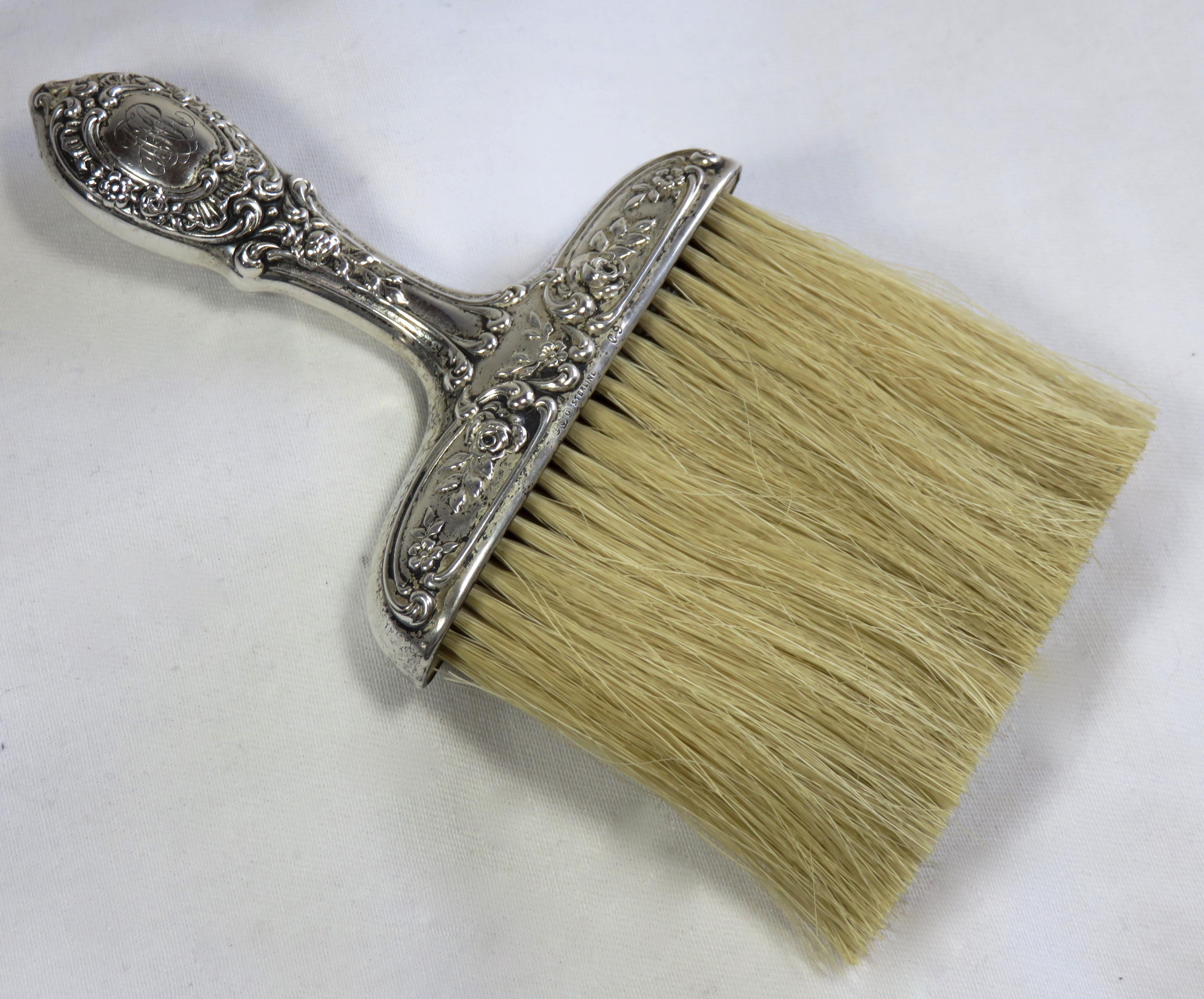 Engraving 1900s Victorian Sterling Silver Table Crumb Brush For Sale    Image 7 Of 13