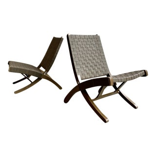 1990s Mid Century Modern Styled Leather Folding Lounge Chairs, a Pair For Sale
