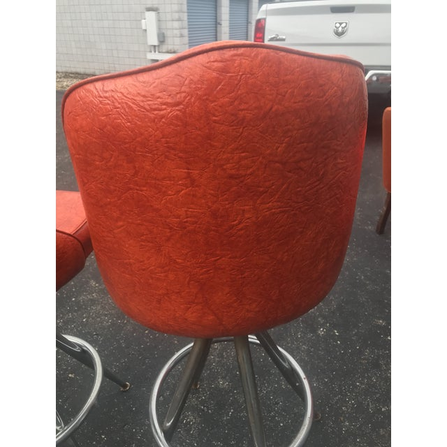 Mid-Century Modern Mid-Century Swivel Bar Stools - Set of 5 For Sale - Image 3 of 8