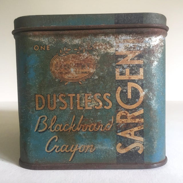 "Vintage 1930's ""Sargent Dustless Blackboard Crayons Brooklyn Ny"" Tin Box For Sale - Image 9 of 11"