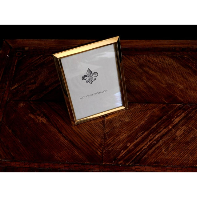 Traditional 1980s Traditional Brass 5x7 Frames - a Pair For Sale - Image 3 of 8