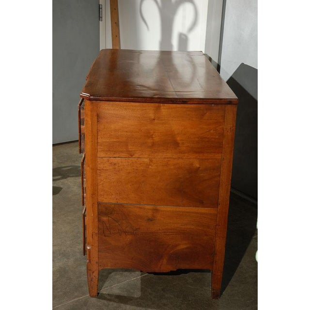 Italian Fruitwood Commode / Chest of Drawers For Sale - Image 3 of 7