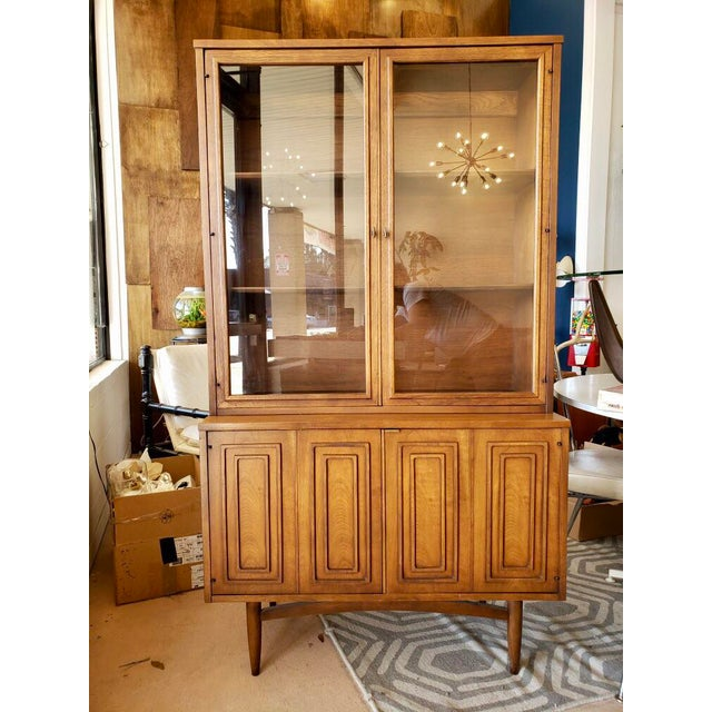 Mid Century Modern Broyhill Sculptra China Cabinet For Sale - Image 9 of 9